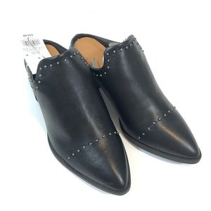 NWT Universal Thread Black Studded Pointed Booties